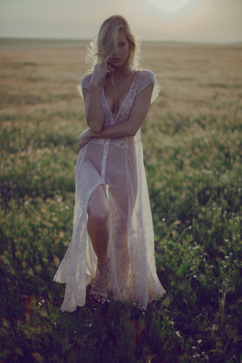 4 Love and LibertyGussie Mesh Dress in Parchment