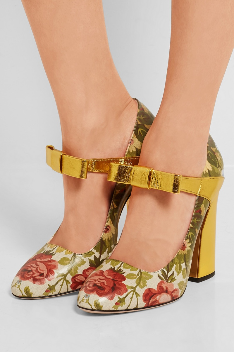 Gucci Floral Print Textured Leather Pumps