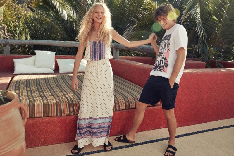 (On Her) H&M Divided Patterned Maxi Dress (On Him) H&M T-Shirt with Printed Design and Divided Cotton Shorts