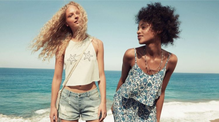 Soak Up the Sun in These H&M Divided Styles