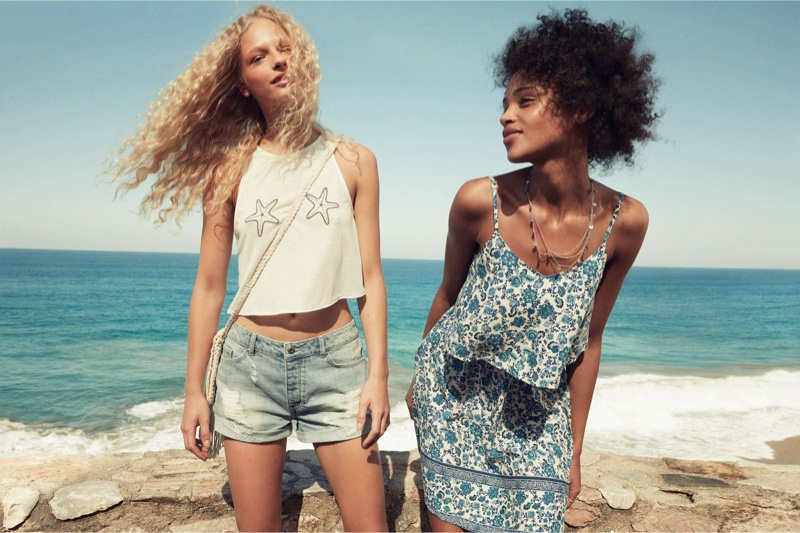 (Left) H&M Crop Top, Denim Shorts and Macrame Bag (Right) H&M Divided Sleeveless Dress and Head Chain (worn as necklace)