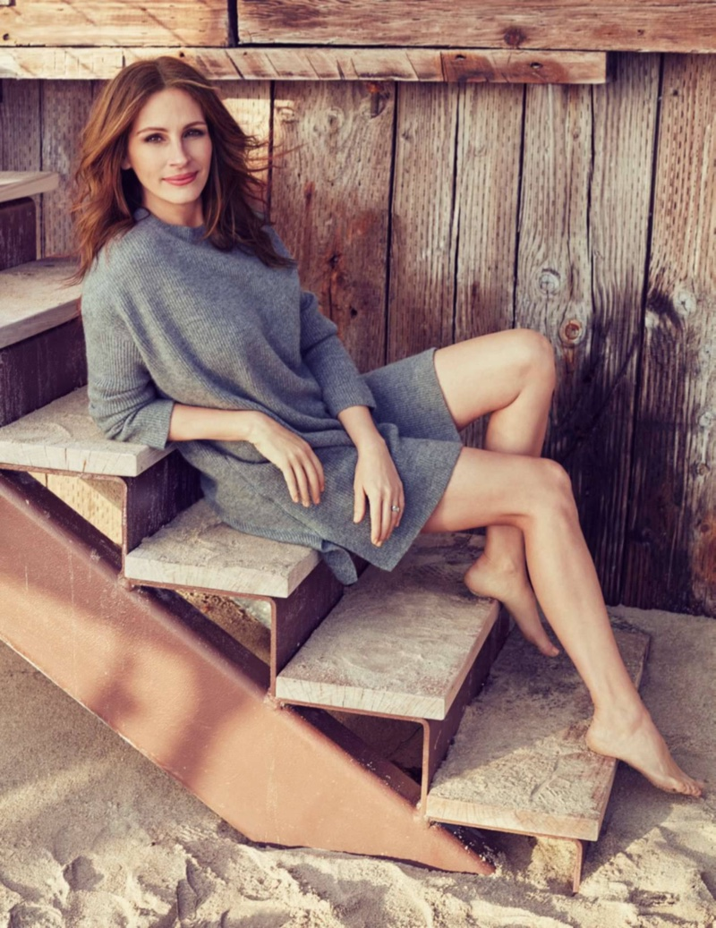 Julia Roberts is All Smiles for ELLE France Shoot