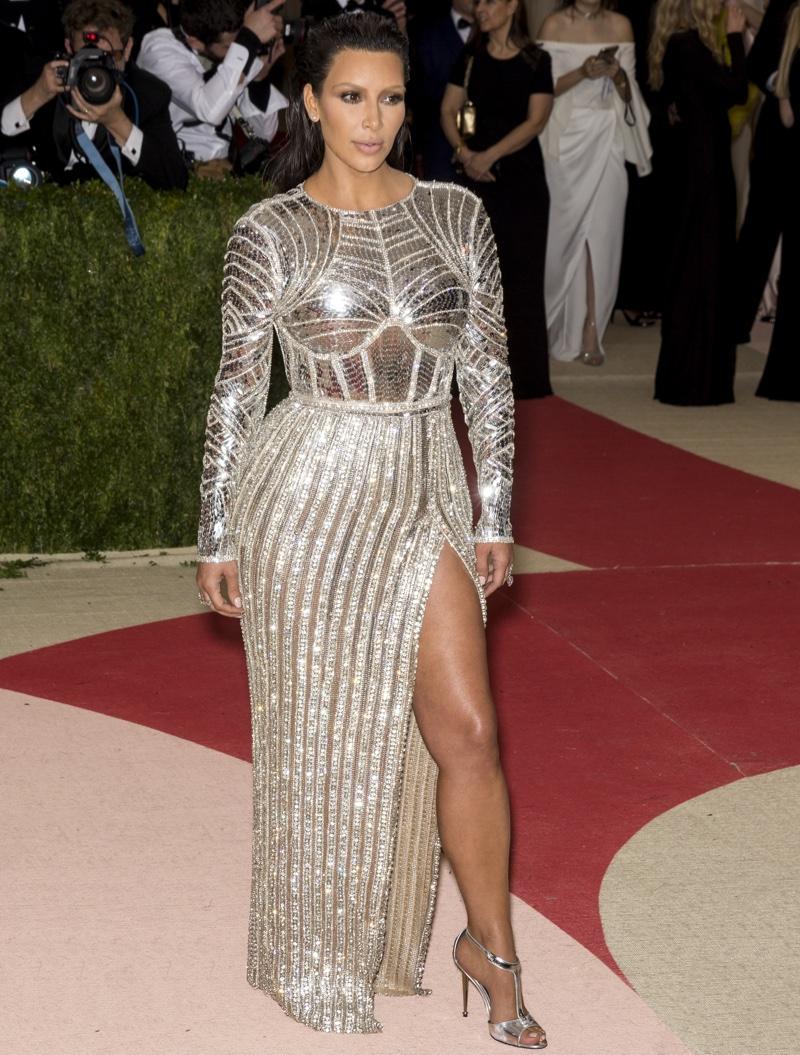 Kim Kardashian Vogue Australia June 2016 Photos