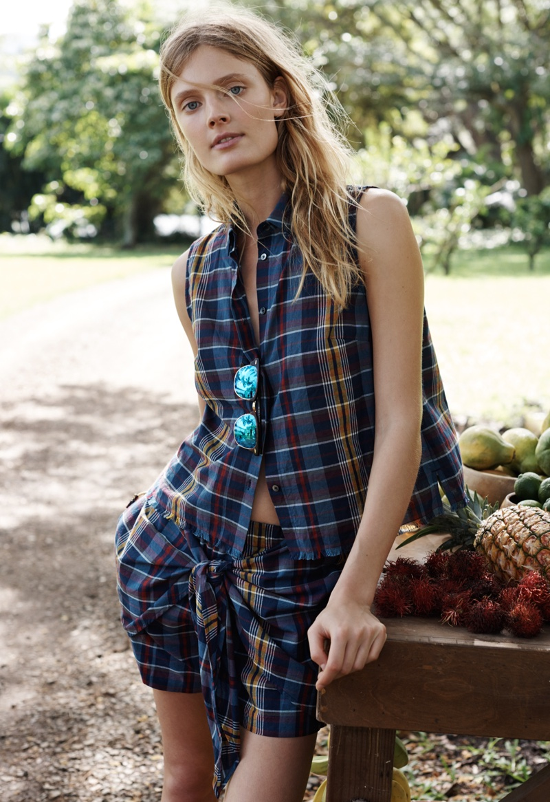 Madewell Button-up Moment Shirt, Tie-Front Skort and Ray Ban Sunglasses