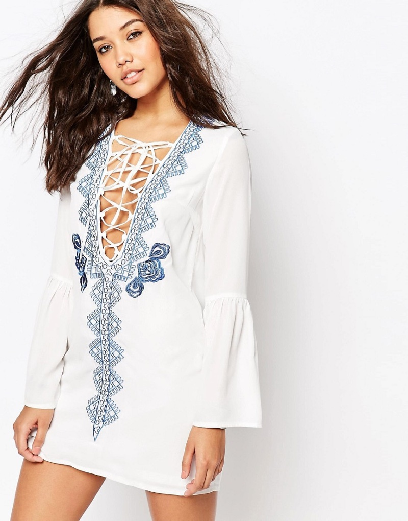 Missguided Long Sleeve Lace-up Embroidered Dress