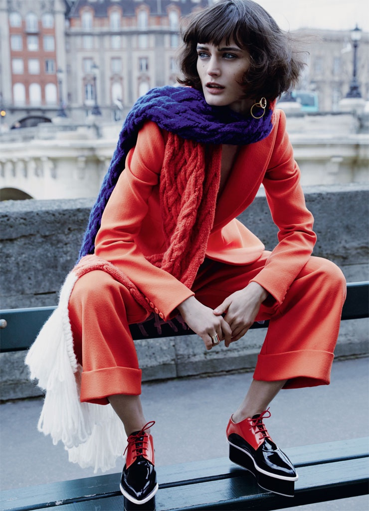Sibui models pantsuit and shoes from Delpozo