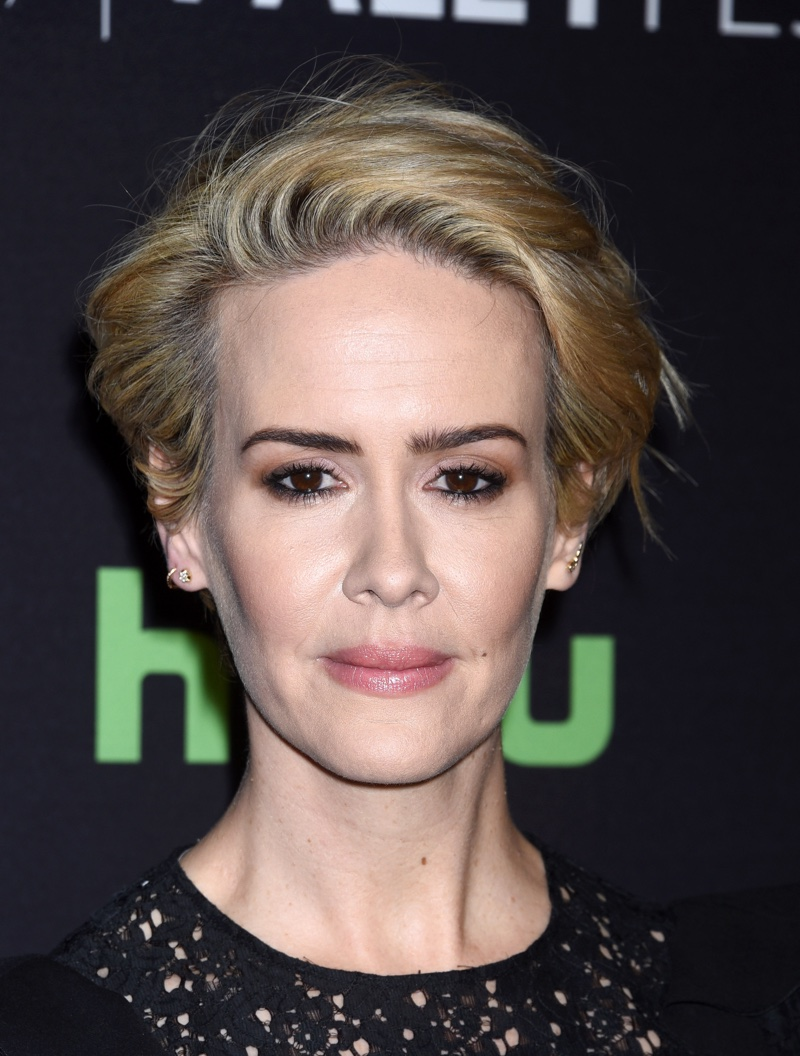 MARCH 2016: Sarah Paulson attends a 2016 Paleyfest Panel for American Horror Story Hotel wearing a smokey eyed makeup look. Photo: Ga Fullner / Shutterstock.com