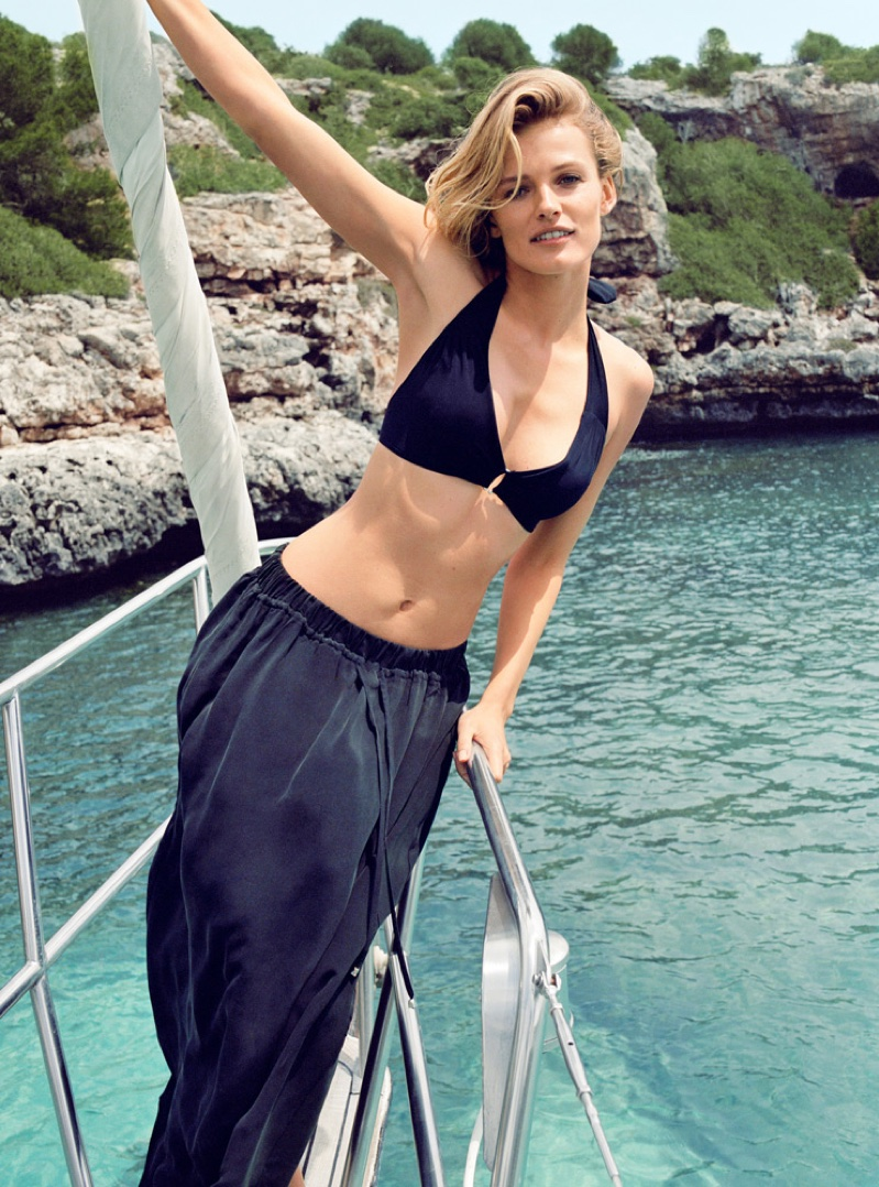 Edita Vilkeviciute Hits The Beach For Zara Home S Summer Line