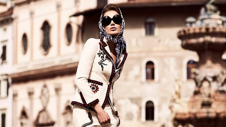 Zo Nowak Takes a Glamorous Italian Getaway for FASHION
