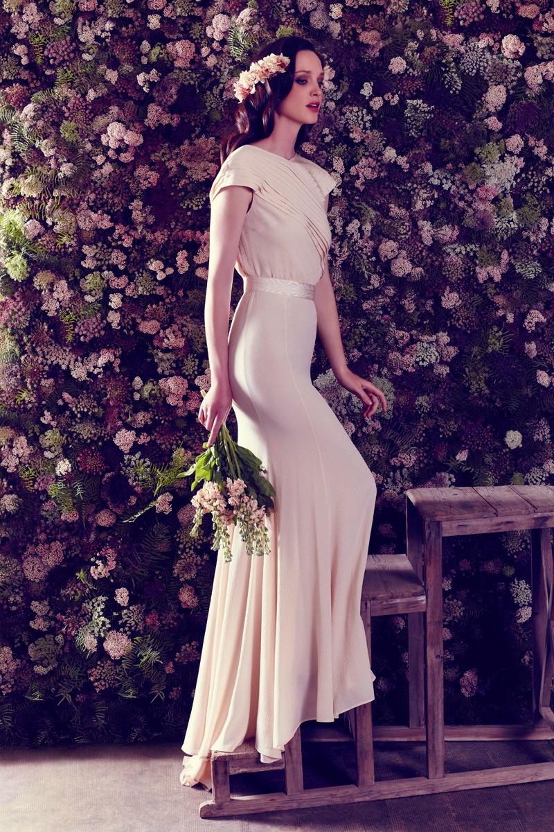 See Ailanto's Dreamy Bridal 2017 Campaign
