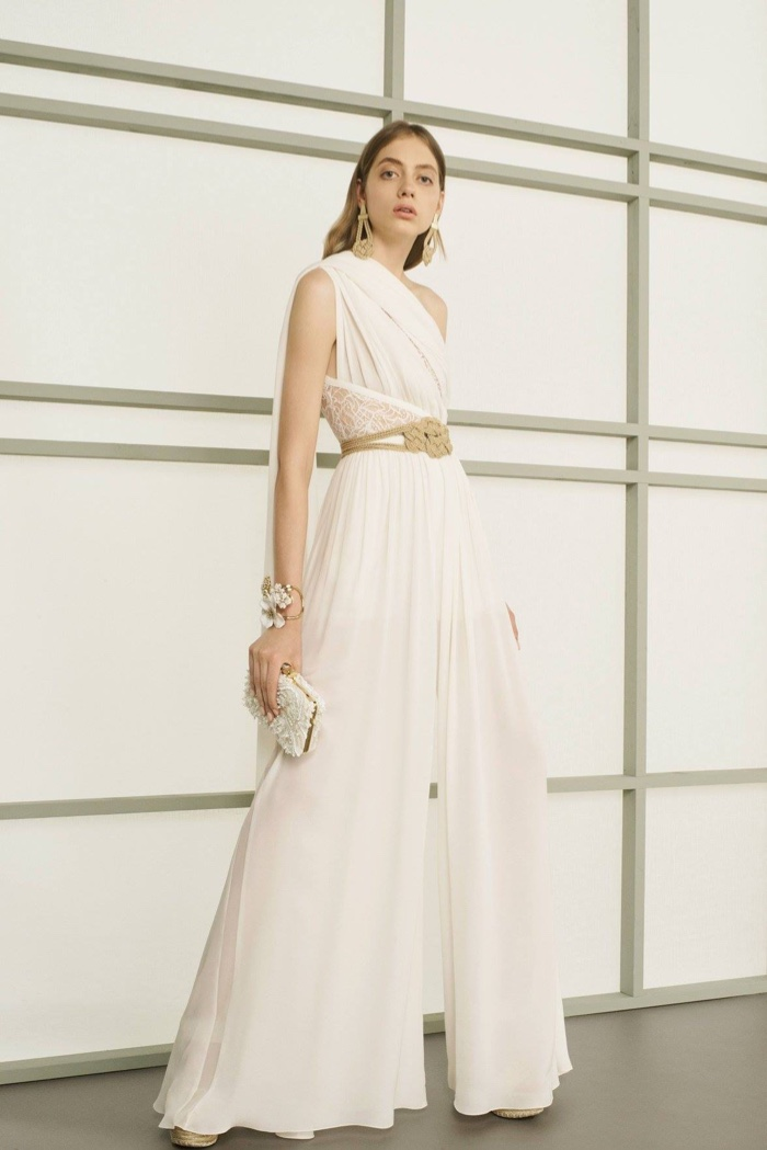 Elie Saab Resort 2017: White one-shoulder jumpsuit with draping and embellished clutch