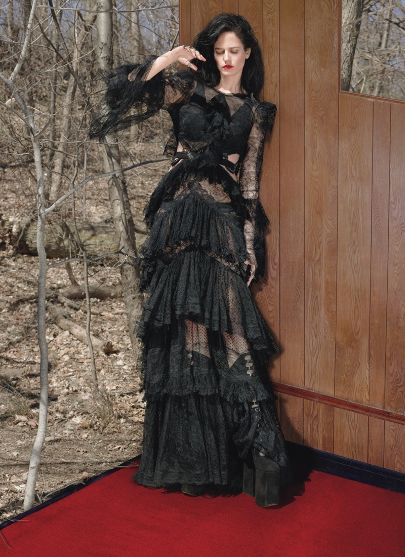 Eva Green looks Victorian chic in black Roberto Cavalli gown