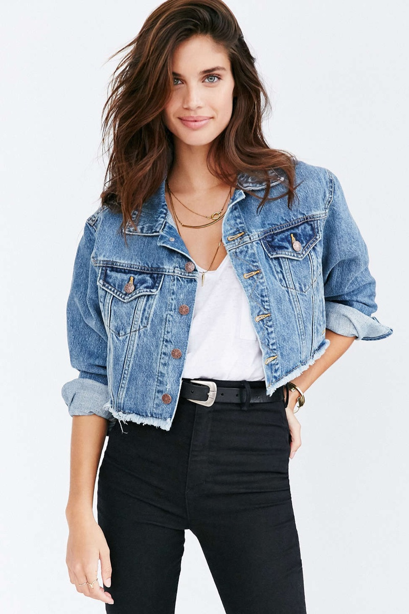 Casual Essential 9 Denim Jackets For All Seasons