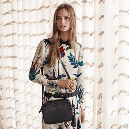 Tory Burch Serves Retro Vibes for Pre-Fall 2016