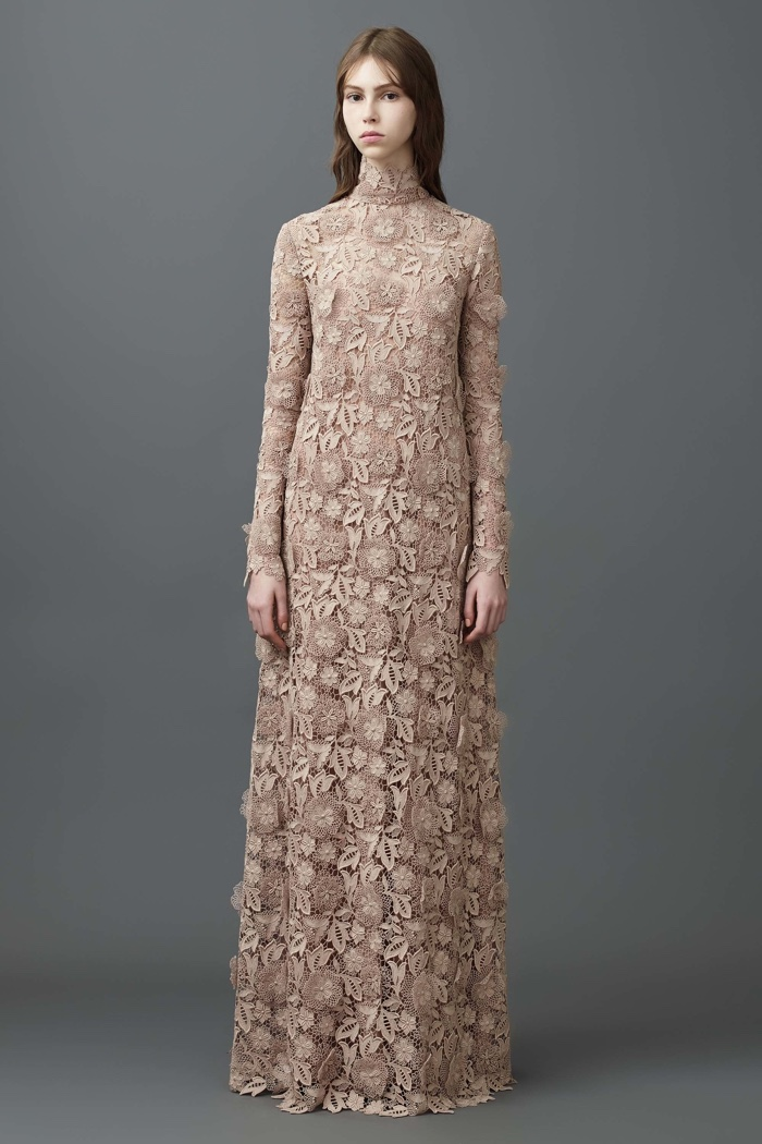 Valentino Resort 2017: Lace appliqué gown with leaf and floral embroidered