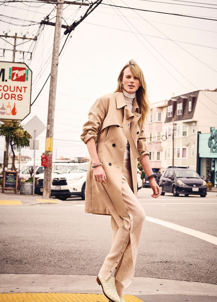 Anne Vyalitsyna hits the streets in a trench coat
