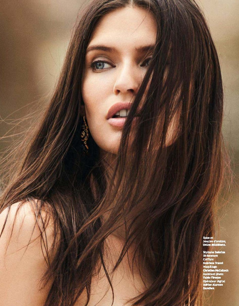 Bianca Balti gets her closeup with a long and straight hairstyle