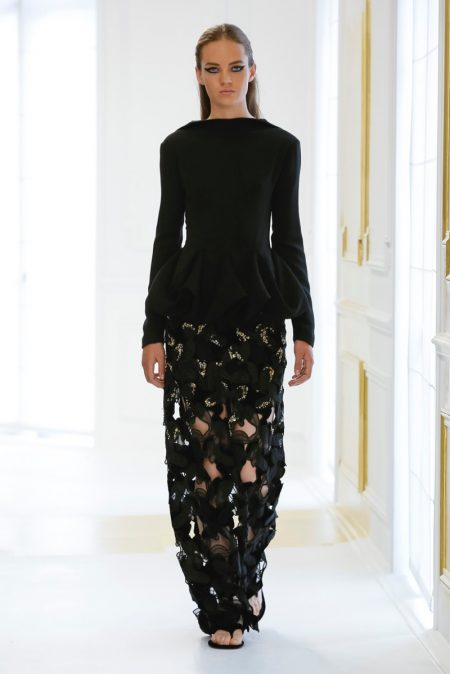 Dior Goes Relaxed for Fall 2016 Haute Couture