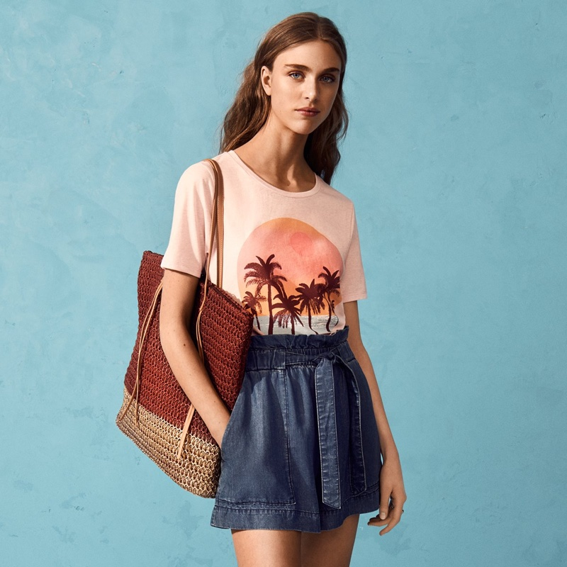 H&M Jersey Top, Lyocell Denim Shorts and Straw Shopper Bag