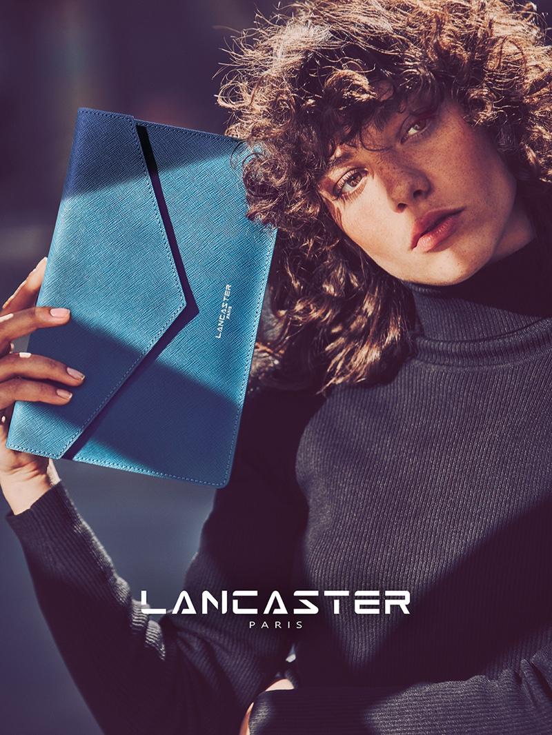 Lancaster Paris spotlights Element large clutch bag in fall 2016 campaign
