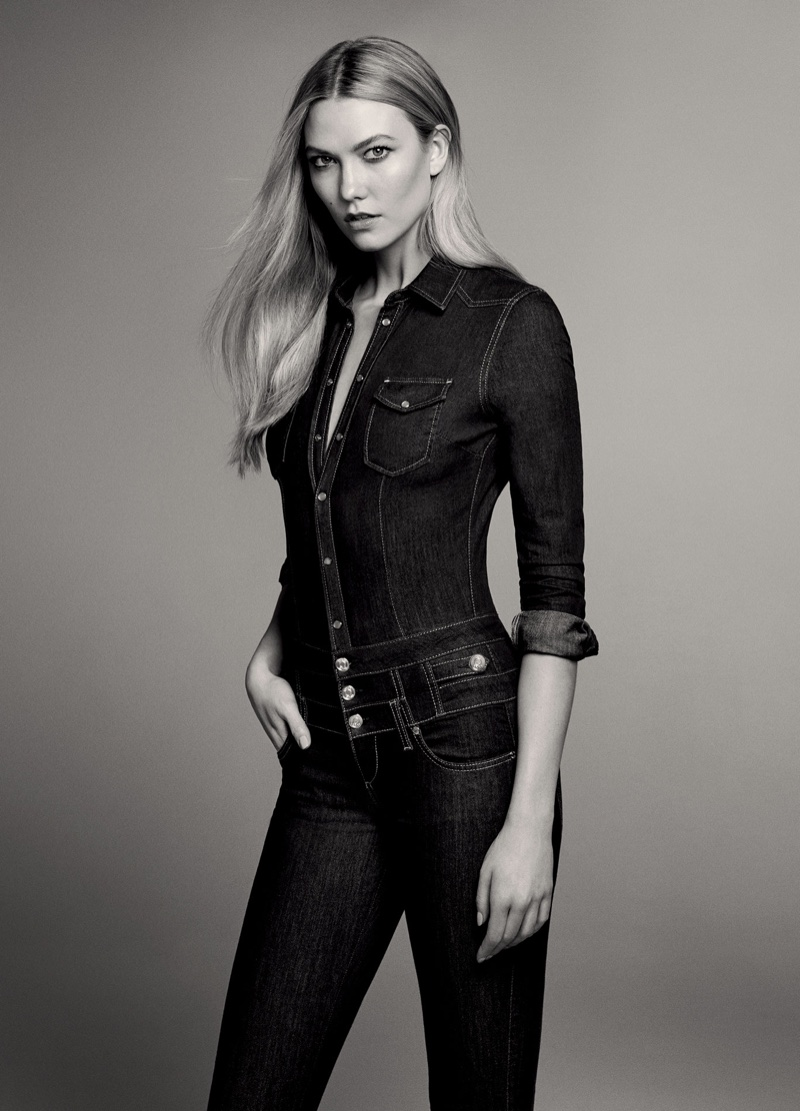 karlie kloss jourdan dunn keep it casual in liu jo denim. Black Bedroom Furniture Sets. Home Design Ideas