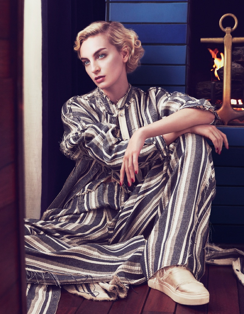 Rose Smith models Trussardi linen dress and Calvin Klein shoes