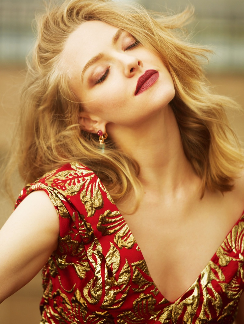 Amanda Seyfried stuns with her hair in messy waves while wearing a red lipstick shade