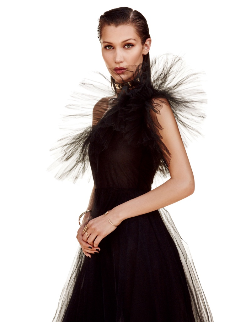 3ca0814e5041d6 ... Bella Hadid models Valentino gown with tulle at the shoulder