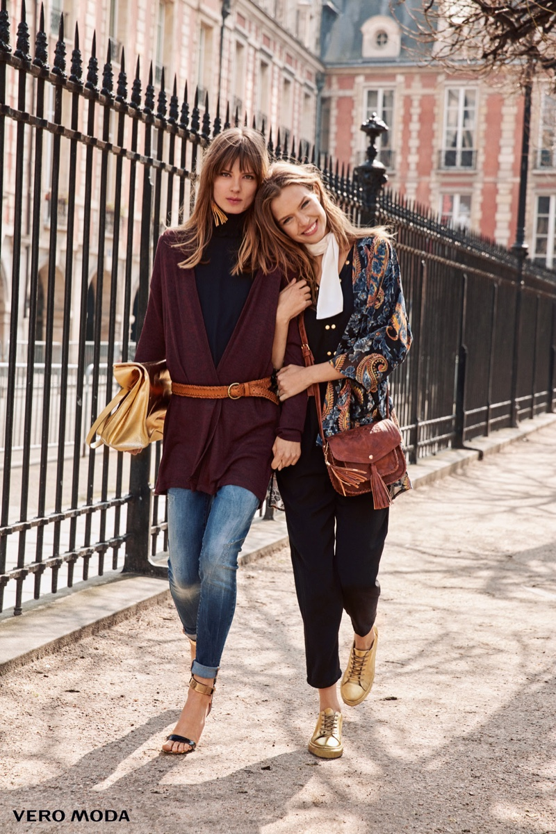 The models stroll down the street in Vero Moda's autumn 2016 selection