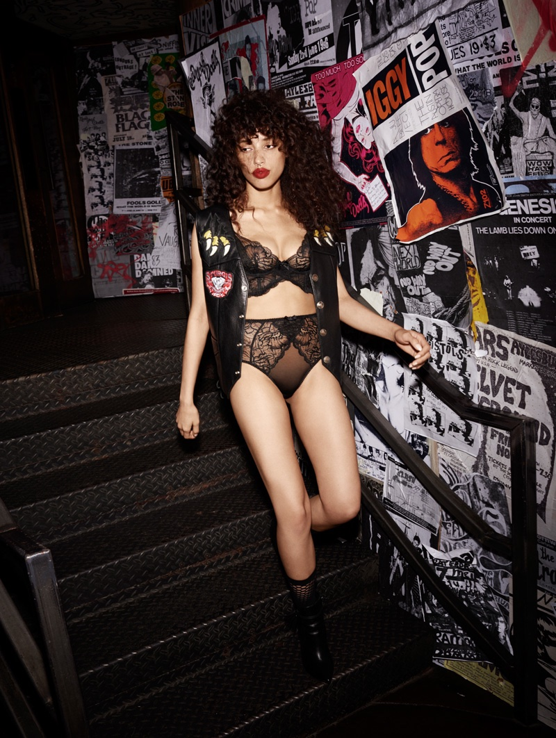 L'Agent by Agent Provocateur fall 2016: Leola bra and panty set