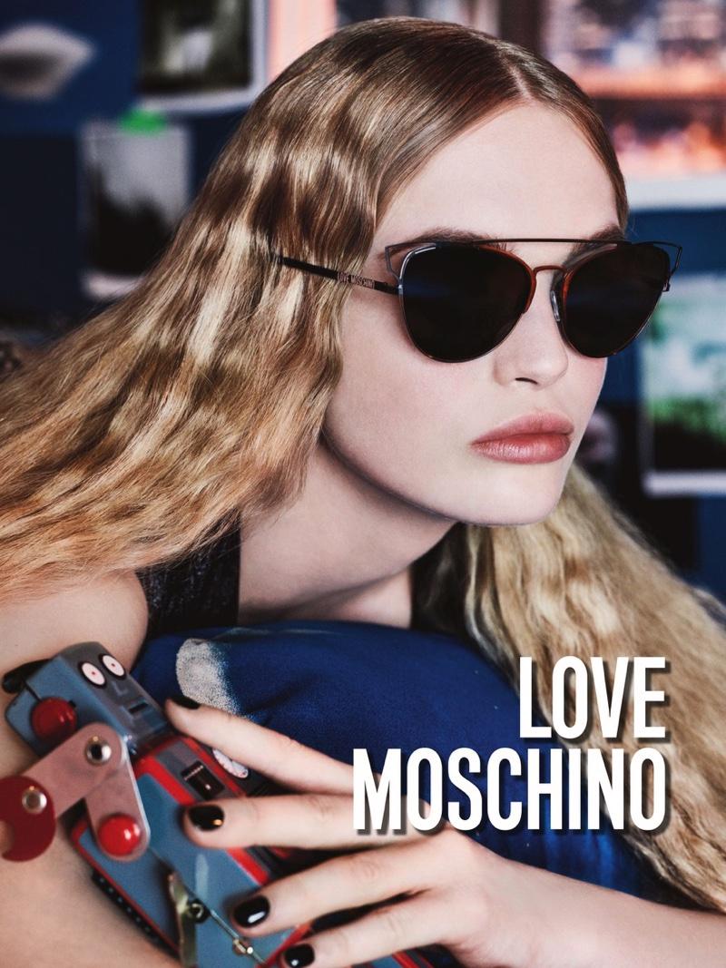 Love Moschino fall 2016 sunglass advertising campaign