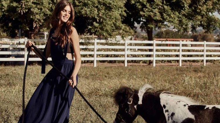 Play the Field: 5 Romantic Outdoor Looks from Nasty Gal