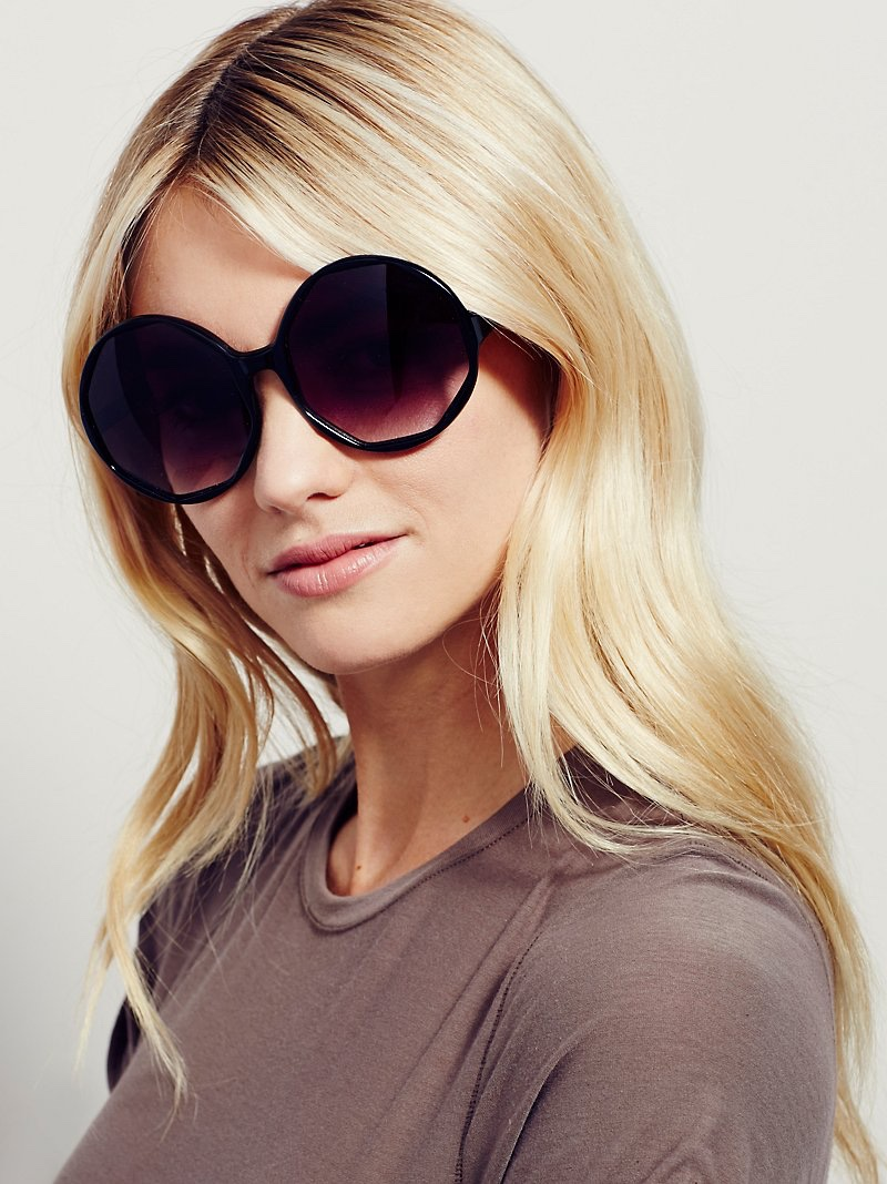Free People Show Stopper Sunglasses