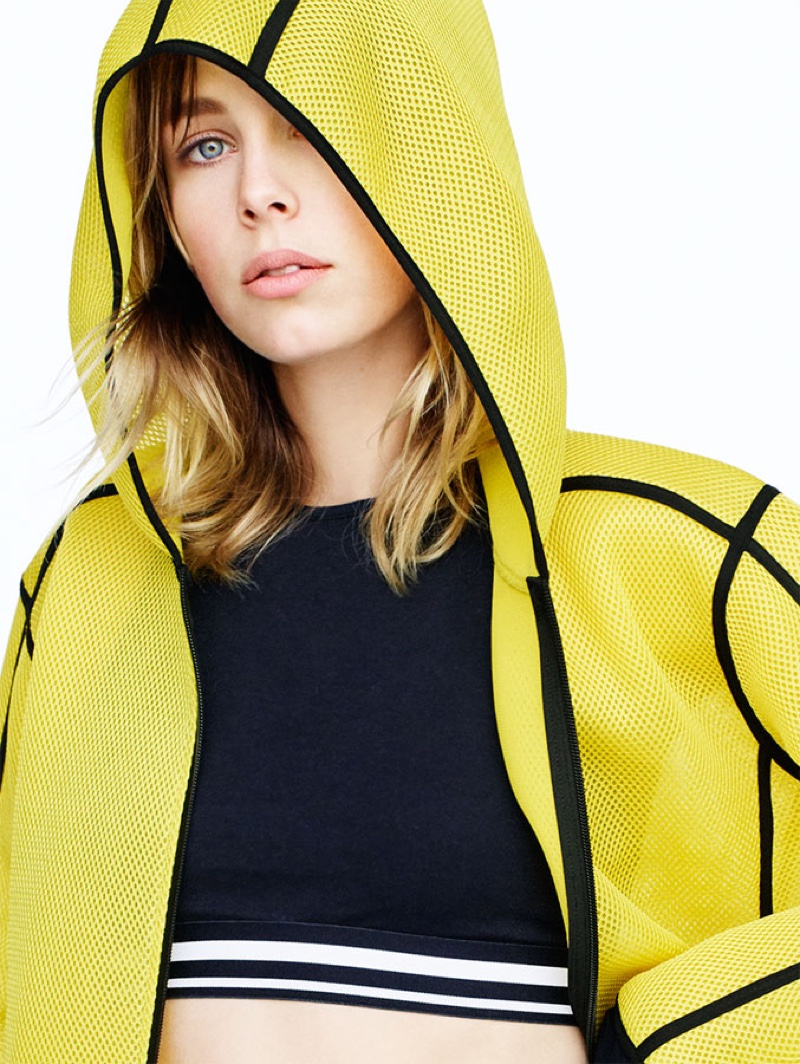 Zara Sport Fall 2016: Hooded mesh jacket and cropped top