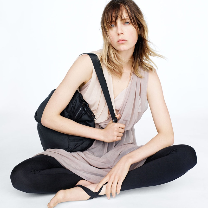 Zara Sport Fall 2016: contrast tulle shirt, soft backpack and leggings