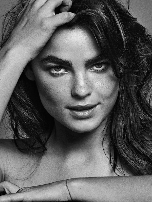 Model Bambi Northwood-Blyth wears her hair in tousled waves