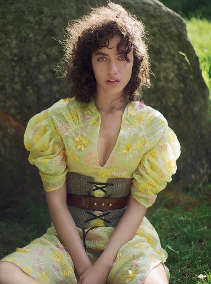 Allana lights up the page in yellow Prada dress and belt look