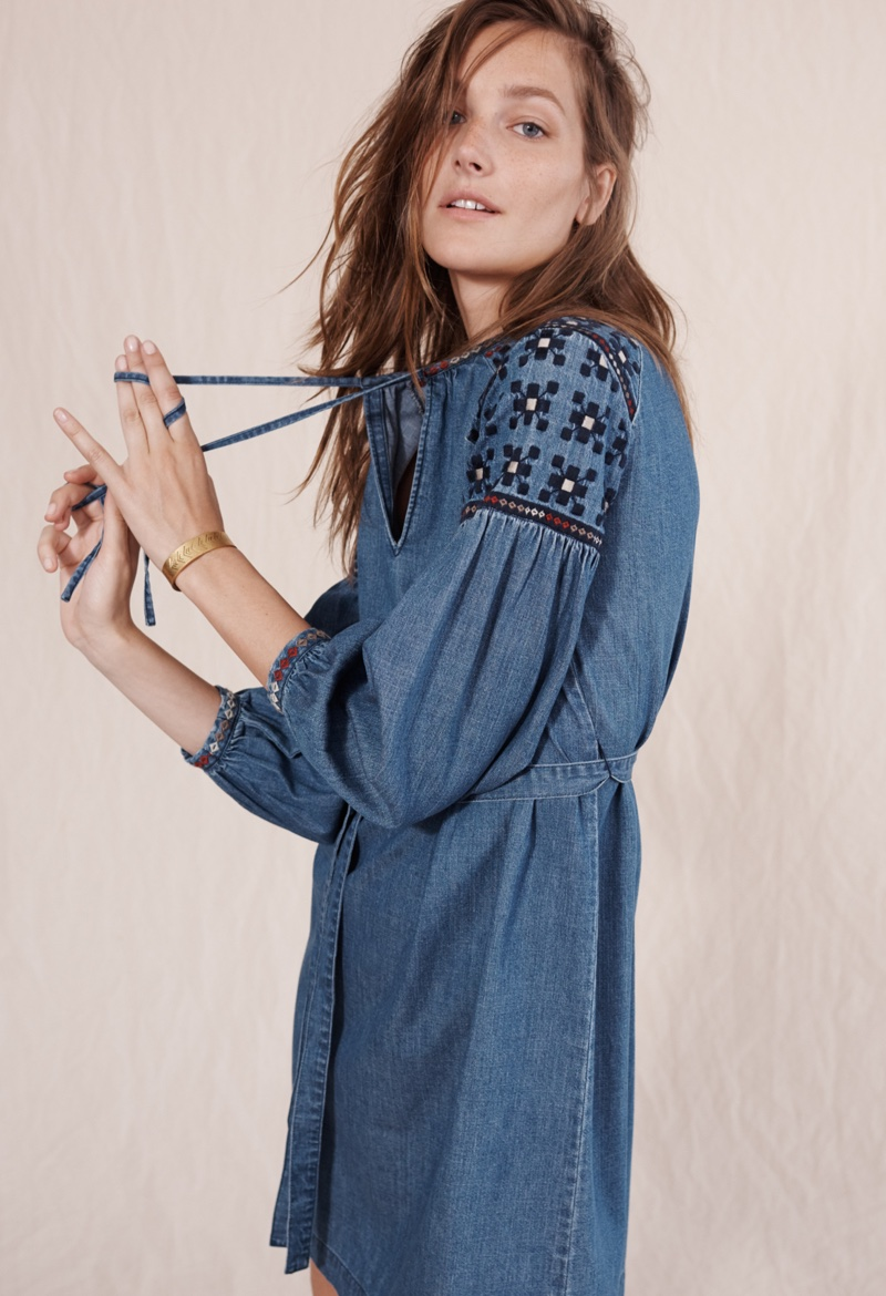 Madewell Embroidered Denim Tealeaf Dress