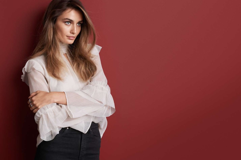 H&M Crinkled Flounced Blouse and Shaping Skinny High Jeans