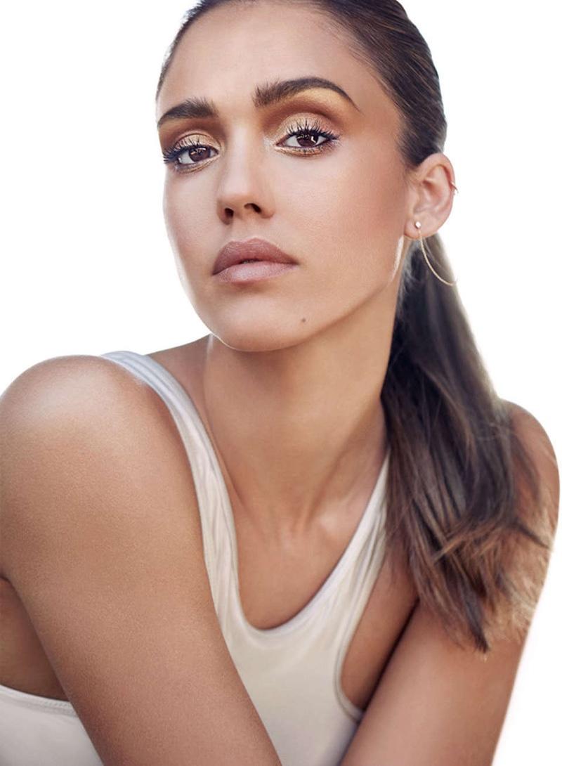 Jessica Alba wears a white tank top