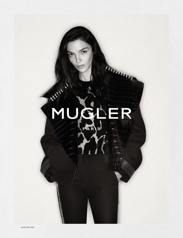 Mugler spotlights boxy jackets and leopard print details with fall 2016 campaign