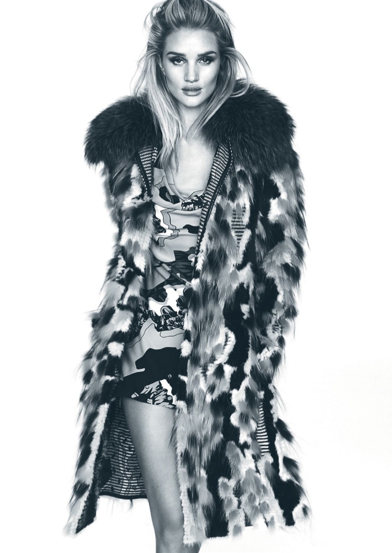 Rosie Huntington-Whiteley flaunts some leg in Versace coat and minidress