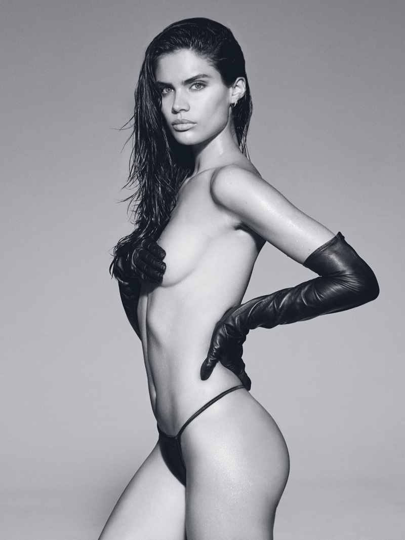 Sara Sampaio poses topless in string bikini bottom