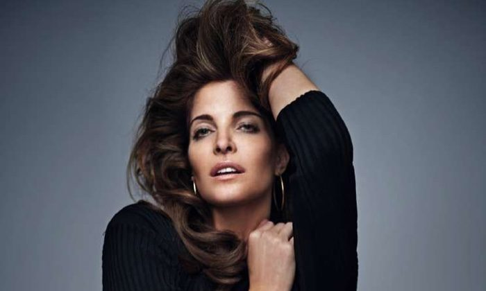Stephanie Seymour Turns Up the Glam for ELLE Spain Cover Shoot