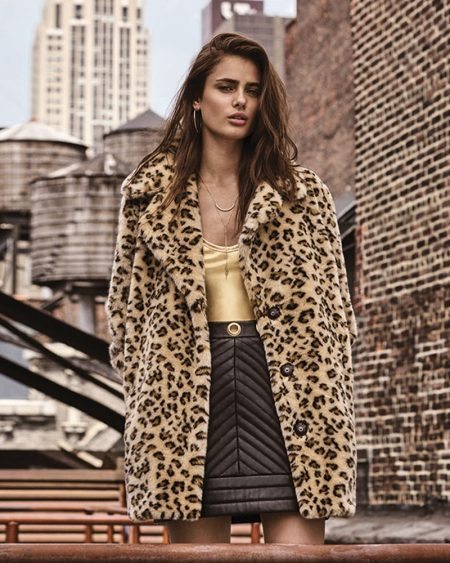 See More Photos of Taylor Hill's Topshop Campaign