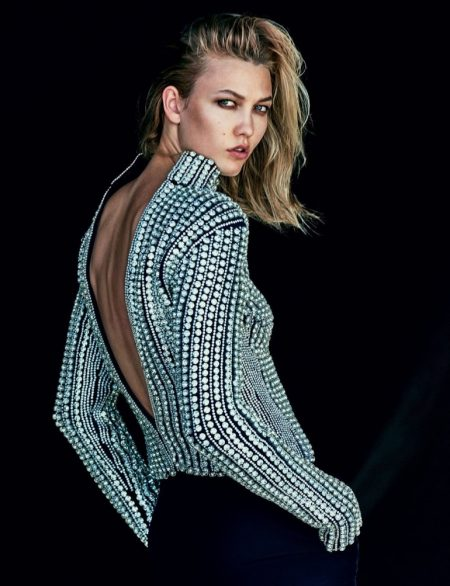 Karlie Kloss Poses in Understated Glamour for Vogue Mexico