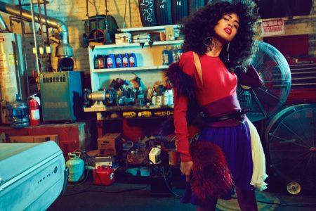 Luz Pavon Looks Smokin' Hot in Vogue Portugal Spread