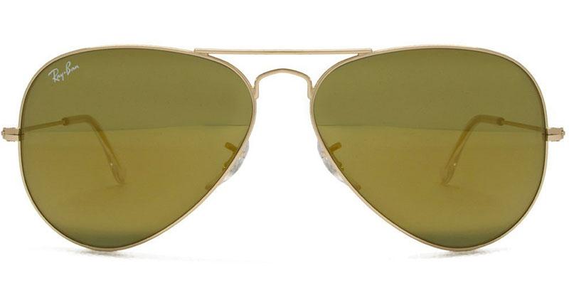 Classic Aviator sunglasses from Ray-Ban