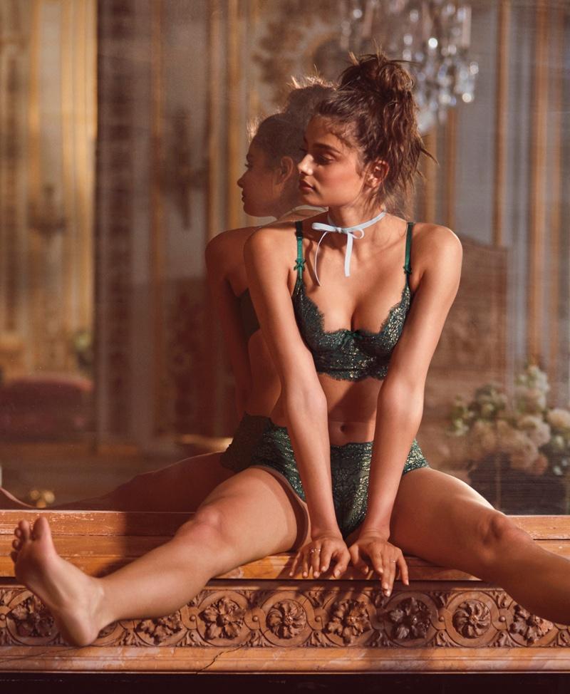 Victoria's Secret unveils holiday 2016 Beautiful campaign