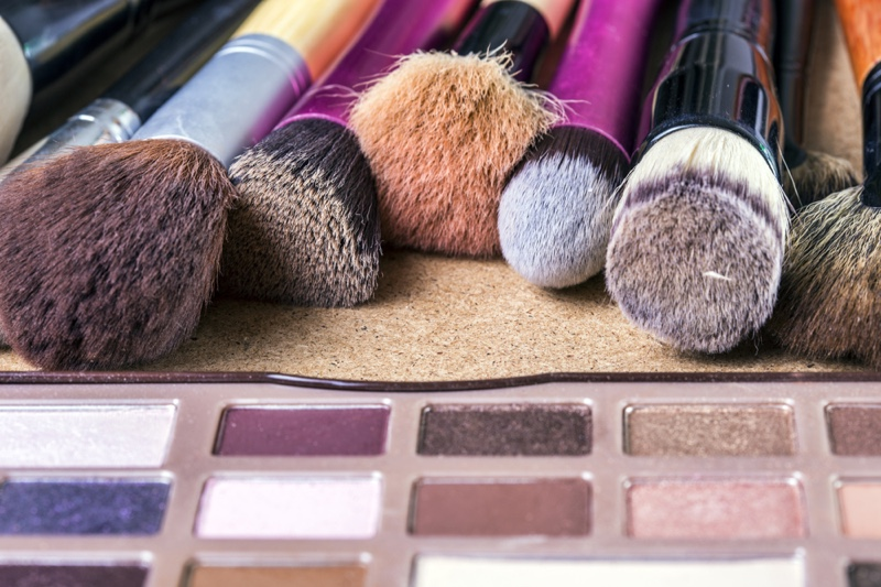 5 Signs That You Need to Change Your Makeup Brush